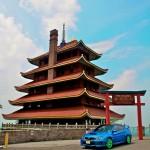 It's a Pagoda Enkei GTC01 Neon GREEN!!